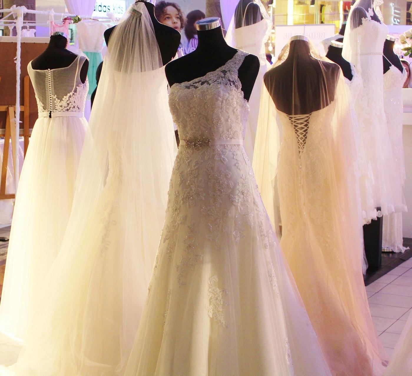 Modele sukni ślubnych
