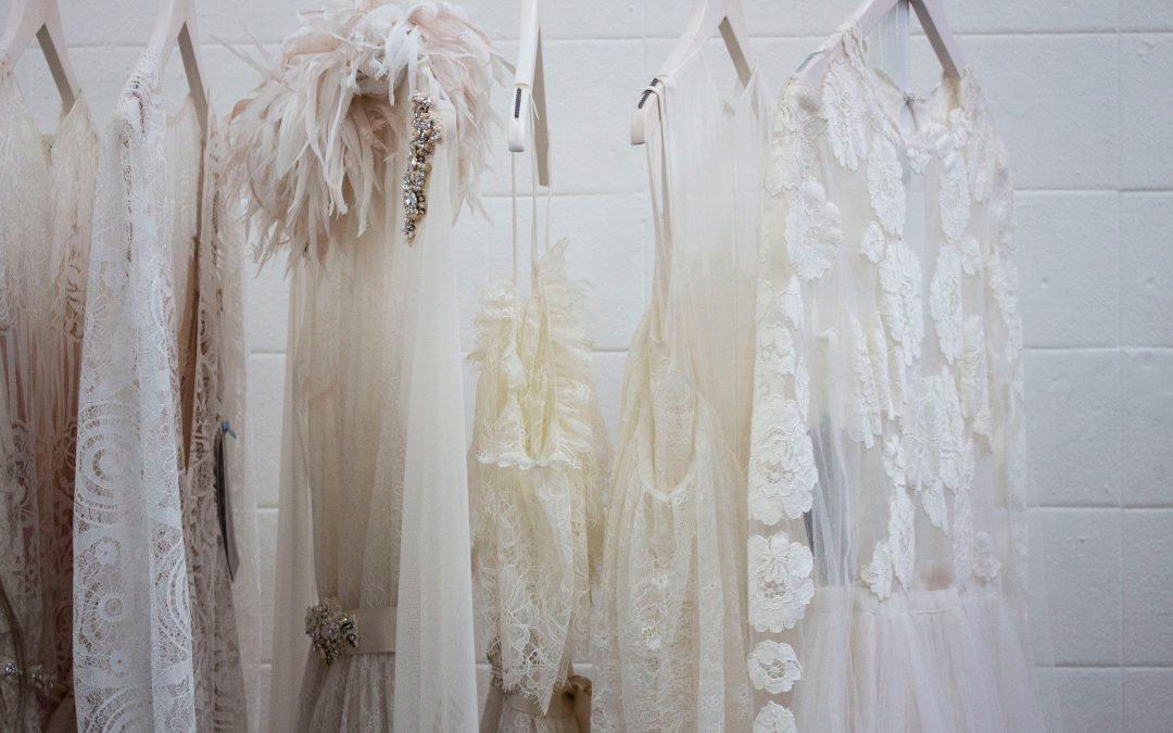 Wizyta wsalonie sukien ślubnych – jak się przygotować?