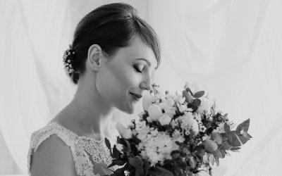 Sesja ślubna wstylu glamour